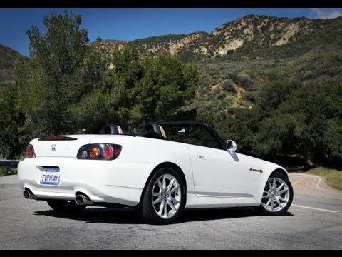 Honda S2000 Sights &amp; Sounds - Beauty, Exhaust, Fly by