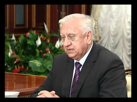 Президент поручил обеспечить рост доходов населения