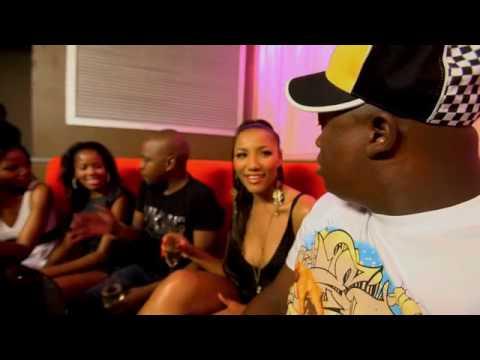 "Download  ""Happy Song"" - DJ Fisherman ft Big NUZ & DJ Tira Gratis, download lagu terbaru"