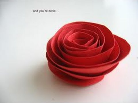 Como hacer rosas de papel {FACIL} // Decoracion para regalo - YouTube
