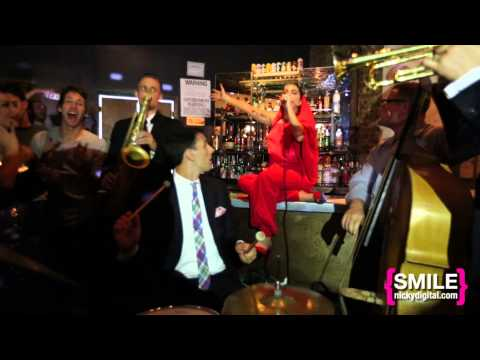 VIDDING AROUND: Lady GaGa & The Brian Newman Quartet at Magic Monday perform