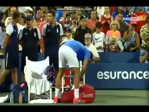Tommy Robredo WINS   Tommy Robredo vs Roger Federer   US Open 2013 Match Point