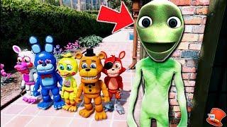 CAN FNAF WORLD ANIMATRONICS HIDE FROM DAME TU COSITA? (GTA 5 Mods For Kids FNAF RedHatter)