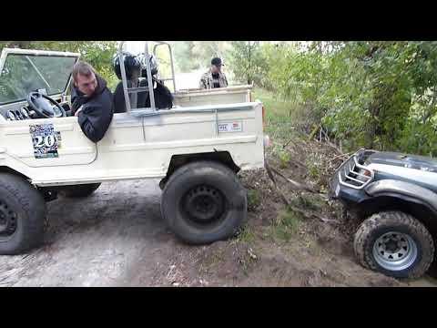850 кг.против 2,5 тонн ЛуАЗ СПАСАЕТ Mitsubishi Pajero-2 off road 4x4