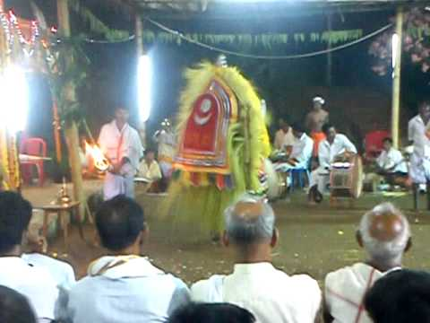 Bhoota Kola At Madavu, Madntyar, Belthangadi Taluk-3 video