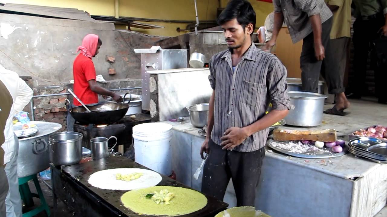 Hyderabad street food making dosa youtube for Crystal 7 cuisine hyderabad