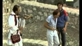 Bracini Bećari - Cure skaču i žvakaće žvaću - Potop Lista