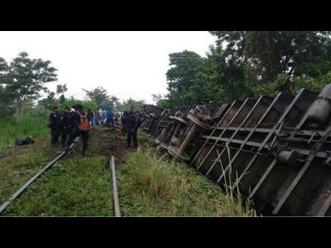 Mexico train derailment: Train overturns, kills at least 5
