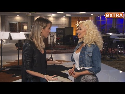 Christina Aguilera on Son Max's Brotherly Love for Baby Summer, Her New Album