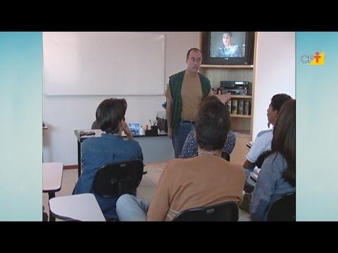 Clique e veja o vídeo Classificação das Drogas - Aula 2 Os Perigos e as Consequências das Drogas