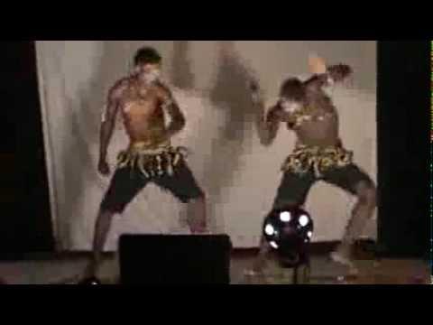 Primetimethepool: Hilarious Traditional Dance With Mixture Of Ugandan Cultures video