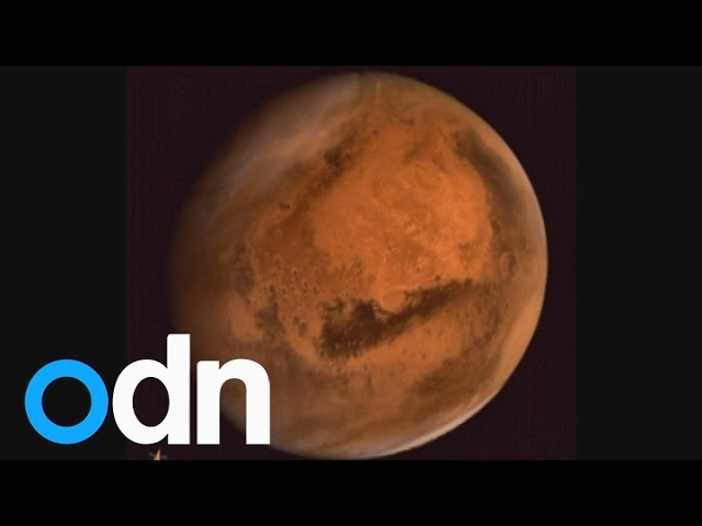 Indian spacecraft Mangalyaan snaps incredible photo of Mars
