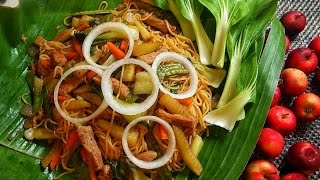 Pancit Habhab Noodles by Luweeh's Tagalog Kitchen