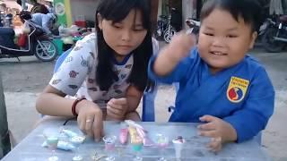 Đồ chơi trẻ em bé pin võ sĩ làm kem ❤ PinPin TV ❤ Baby toys boxer cream