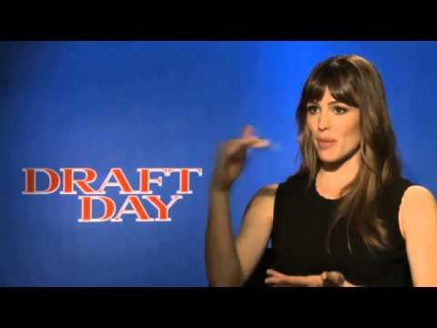 Jennifer Garner interview   actress talks 'Draft Day,' Cleveland Browns Dawg Pound Video