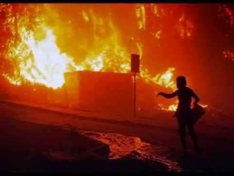 Chile fire in Valparaiso kills 12 and forces thousands to evacuate | BREAKING NEWS - 14 APRIL 2014