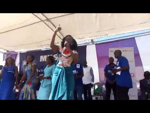 PURITY KATEIKO Live on stage during KITHEMBEO AT MOMBASA  performing masavu ma Ngai ti ma mundu