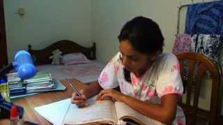මිතුරන් නොමැතිව තනිවූ ලාංකික තරුණියකගේ සංවේදී කතාව..!  Friend - A Sri Lankan short film about a lone