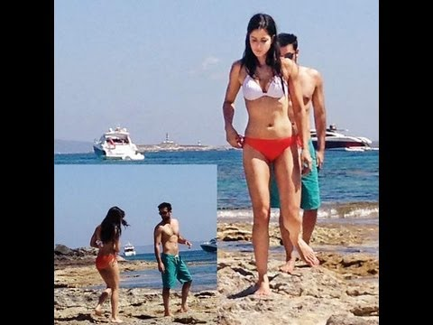 Hot Naked Katrina Kaif And Ranbir Kapoor On Beach