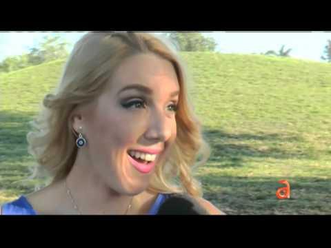 Entrevista a la reportera Adriana Navarro