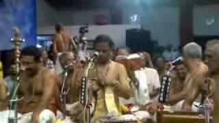 Sri O S Sundar Anna @ Kalpathi Bhajanotsavam 2009 - 004 Sadha Maje