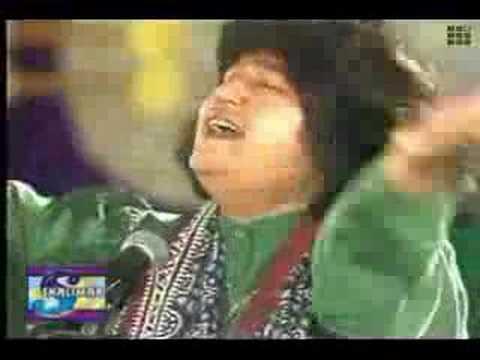 Mun kunto Maula - Abida Parveen by Awaz-e-Shayeq™