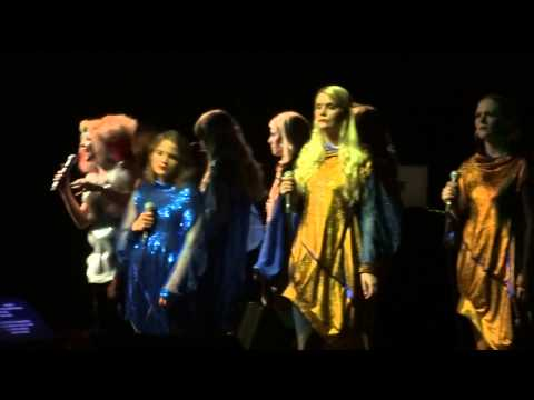 Björk - Pagan Poetry (HD) Live in Paris 2013