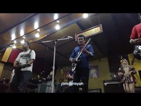 LAGU GALA-GALA Rhoma Irama Di Soneta Record Untuk Bandung