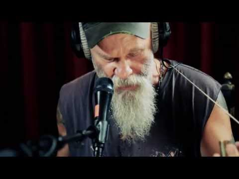 Studio Brussel: Seasick Steve - Keep On Keepin' On (live)