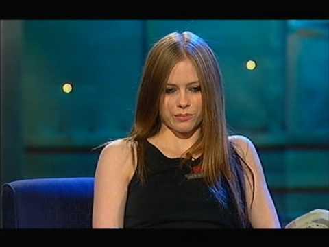 Avril Lavigne - Interview on Rove 03/06/2003