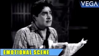 Madhu Cries Infront Of Prem Nazirs Grave || Thurakkatha Vathil Movie Scenes