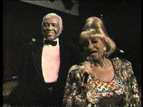 Celia Cruz Y Jhonny Pacheco cucala video