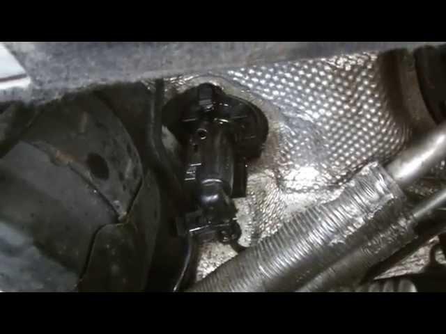 VW PASSAT CLUTCH MASTER CYLINDER REPLACMENT - YouTube