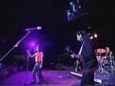 Junoon-jazba Junoon Live  Un General Assembly Hall 2001 [hq] video