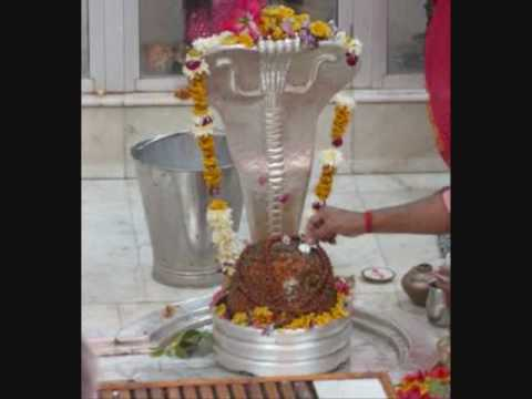 Om Shiva Om  ( Nan Kadavul ) Lord Shiva Devotional Song .