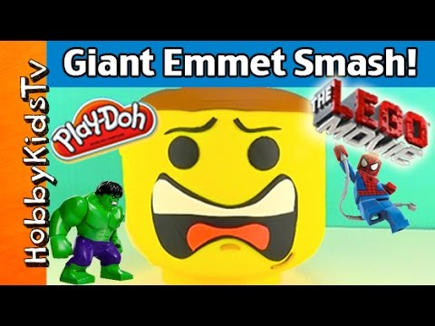 Play-Doh Giant Lego Head EMMET Makeover