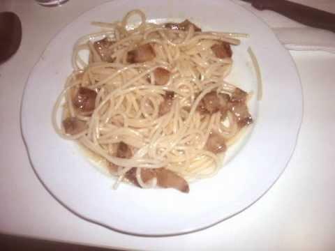 Espaguetis a la Carbonara, autentica- Receta de Cocina - RecetasNet