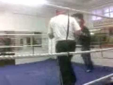 Amatuer boxing Sparring Hollington ABC 2007 Ozan Turkuleus Kemal