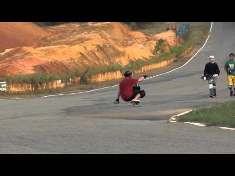 BKR SKATE DOWNHILL