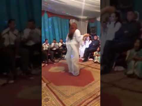 رقص شعبي خطير 2017 (الغيطة) thumbnail