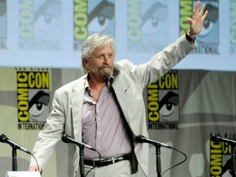 ShowBiz Minute: Comic-Con, Palin, Box Office