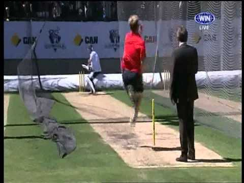 Brett Lee Vs Piers Morgan The Full Over video