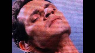 Watch Marc Anthony She Mends Me video