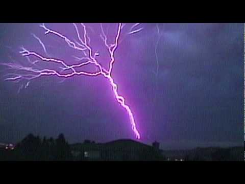 Amazing Upward Lightning!