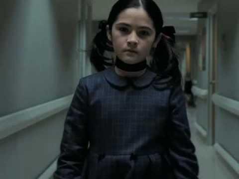 Orphan Movie Esther Orphan-Esther singing ...