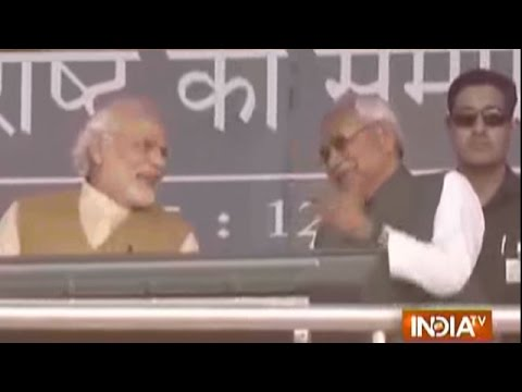 Bihar: When PM Modi Shares Stage, Laughs With Nitish Kumar in Patna