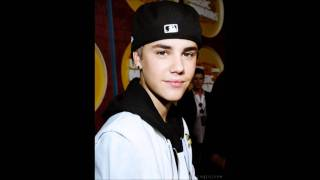 Justin Bieber Love Story / I'ts a new Day - Chapter 1