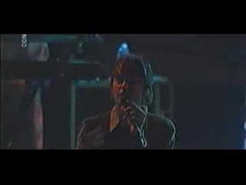 Pulp - Weeds Live at La Route Du rock (2001)