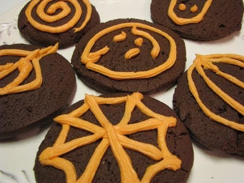 Betty's Orange Halloween Frosting for Chocolate Cookies