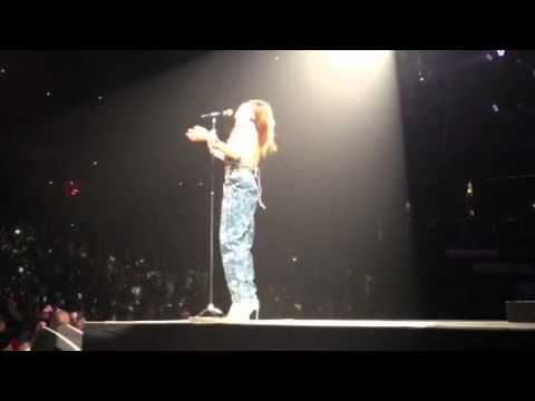 Rihanna Newark New Jersey